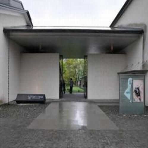 ラリック美術館正面入り口