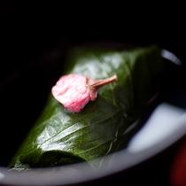 椀・桜蒸し【夕食一例】