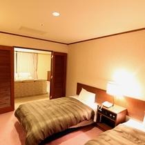 スイートルームベッドルーム(11階バス付き)
