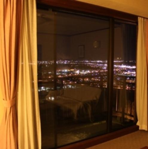 タウンビューの客室からの夜景!