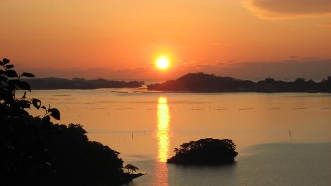 【島巡り・仁王丸遊覧船・乗船券付き】海の見えるお部屋で夕食
