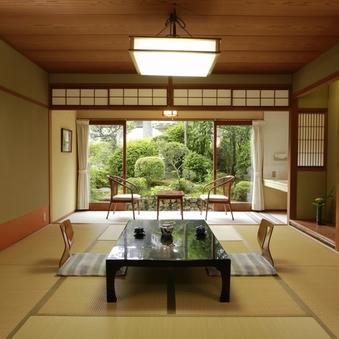 【日本庭園一望】和室8帖♪バス付き