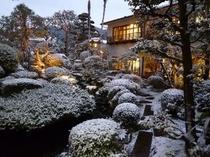 雪の庭園B
