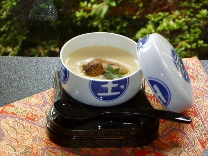 松茸入り茶碗蒸し