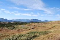 秋の苗場登山 山頂からの景色