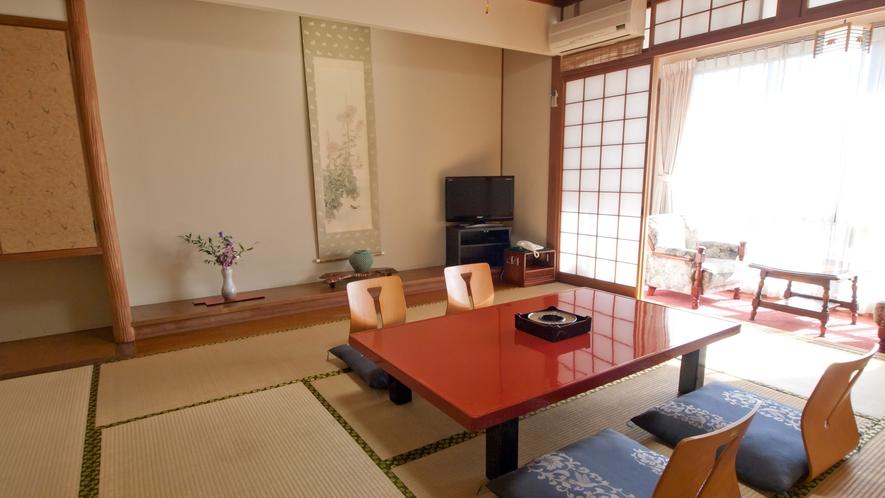 *【和室10畳】ご家族やグループに!トイレ付きのお部屋です