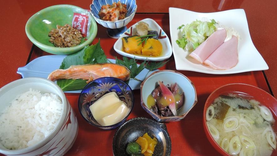 *【朝食一例】お米は富山産の美味しいコシヒカリを使っております