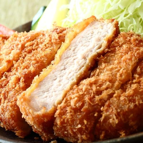 日本ブランドのうまい豚「JAPAN X」ロースカツ/日本料理「この花」