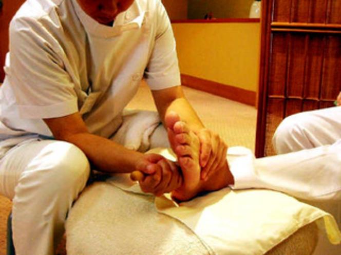 足ツボ療法
