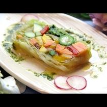 【夏野菜のテリーヌ】いろんな種類の夏野菜をこの1皿で楽しめちゃう!