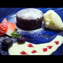 アニバーサリーデザートプレート♪特別な日のデザートを少しグレードアップに・・・