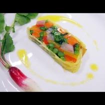 【旬野菜のテリーヌ】ここから畑が賑わう季節になると、美味しい野菜が登場してきます。