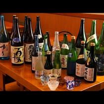 会津地方の地酒を多く取り揃えております。常時20種ほどの銘柄のご用意があります。