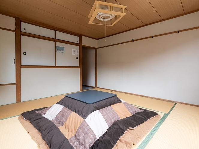 【喫煙】和室四人部屋(バス・トイレ付き)
