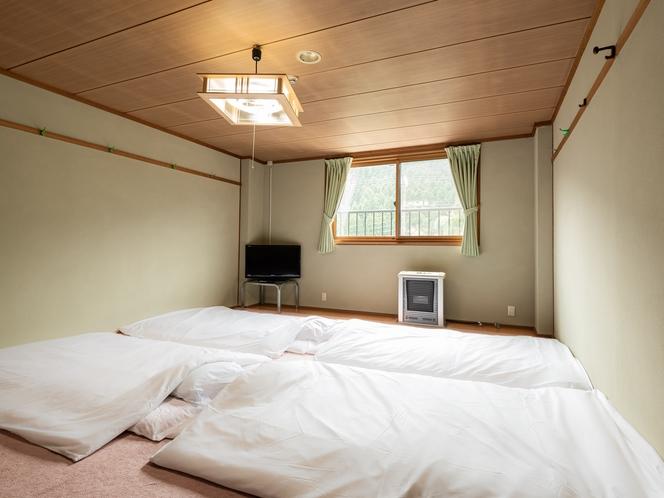 【喫煙】和室五人部屋(バス・トイレ付き)
