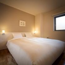 【ダブル】20平米・≪200cm幅≫のベッドで広々ゆったり♪両手を伸ばしてぐっすりと♪シングル利用も