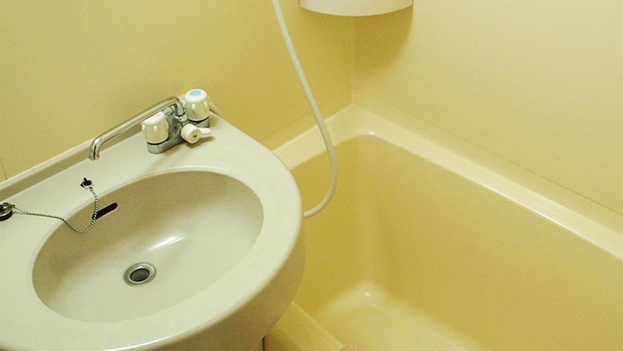 ・【カリブ・コテージ】バス・トイレ付きの山小屋風コテージ。わんちゃんも一緒に泊まれます