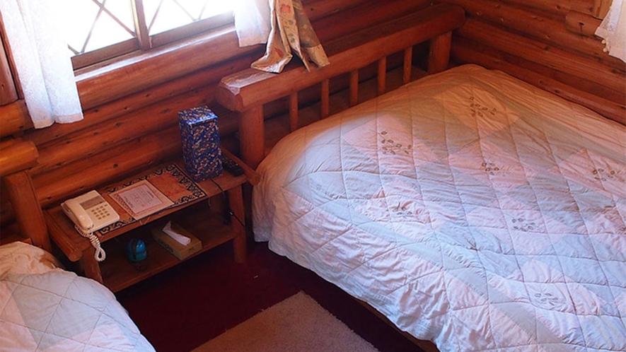 ・【ドールシープ・コテージ】2階建て山小屋風コテージはバス・トイレ付。ワンちゃんも一緒に!