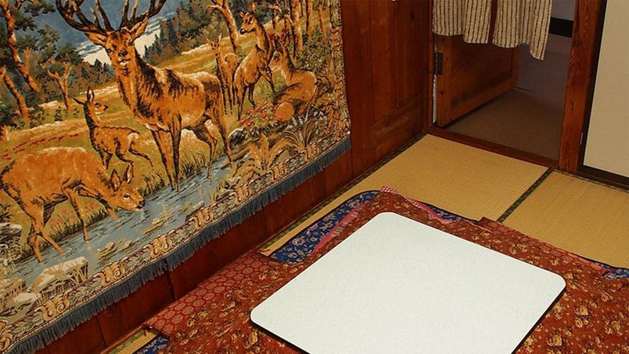 ・【白樺】 畳と白樺の中2階のある少し変わった雰囲気の和室