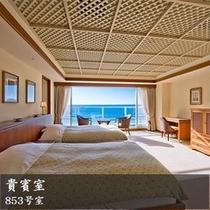 853号室 大きな窓からの海がとても綺麗なリゾートツインルーム
