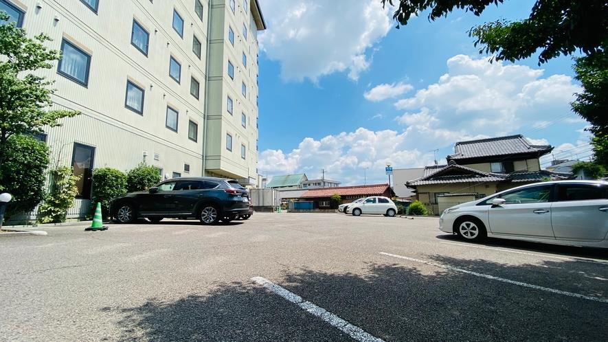 無料平面駐車場(第1駐車場)