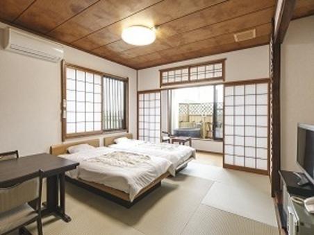 露天風呂付和室三階/トイレ付