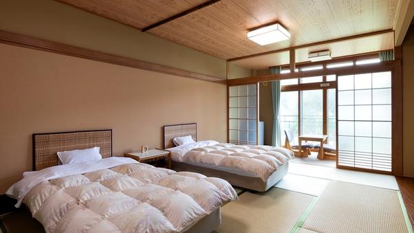 ゴロゴロ和室12畳でベッド付き