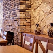 レストラン。お席はこんな感じです。