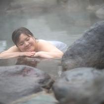「ふぅ~-いい湯だねぇ~」温泉ってホントいいよね。