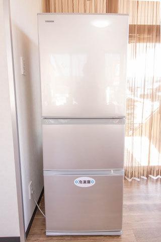 冷蔵庫(氷をどうぞ)ラウンジにあります