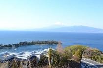 吟道の碑から富士山と大瀬岬