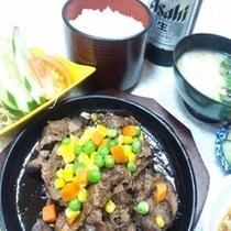 夕食付きプランB一例 (レモンステーキ定食)