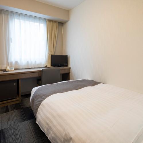 ◆シングルスタンダード◆ベッド幅120センチ◆広さ13平米◆