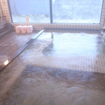 源泉100%かけ流し温泉 リピーターも多い昔からの名湯です