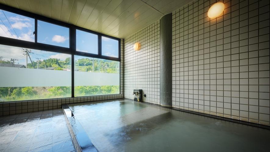 御婦人大浴場「宝生の湯」源泉100%掛け流し、昔からの名湯です。