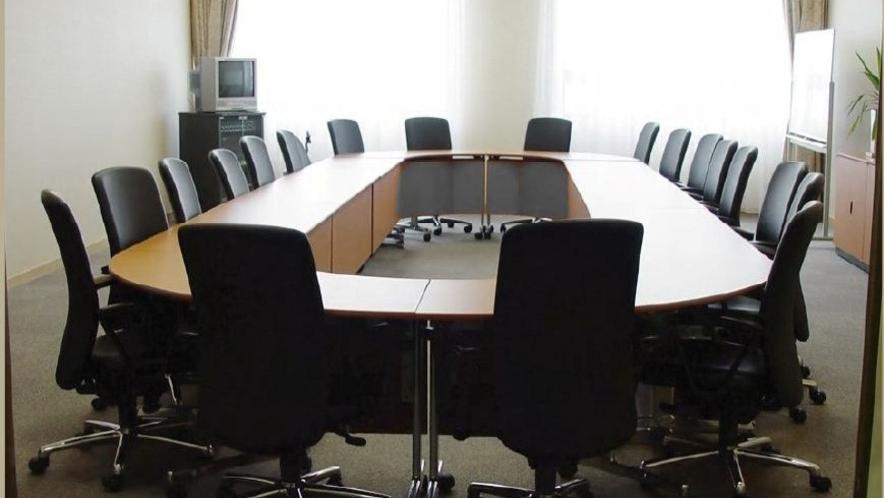 会議室(ウイングウイング高岡内)※要事前予約