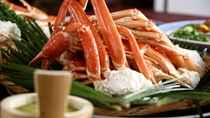 ◇大人気のカニ食べ放題は各レストランにて開催中!(イメージ)