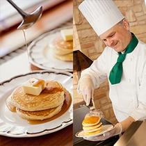 フォレストヴィラ「森のテーブル」朝食パンケーキ(ライブクッキング)