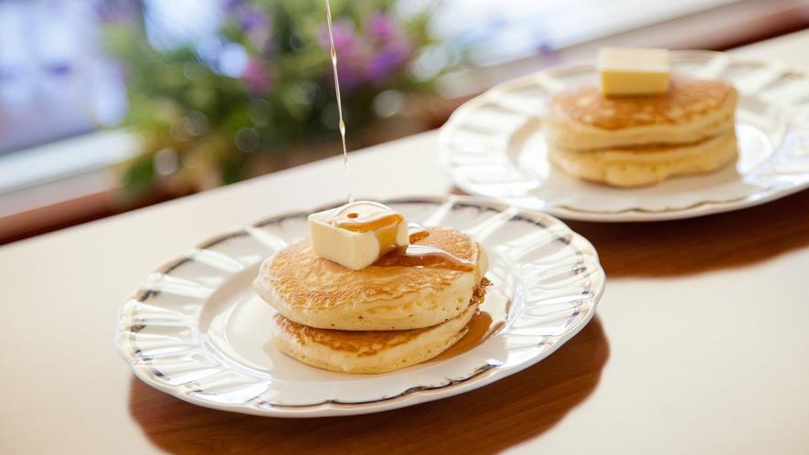 ◇フォレストヴィラ館レストラン<森のテーブル>人気のパンケーキ♪