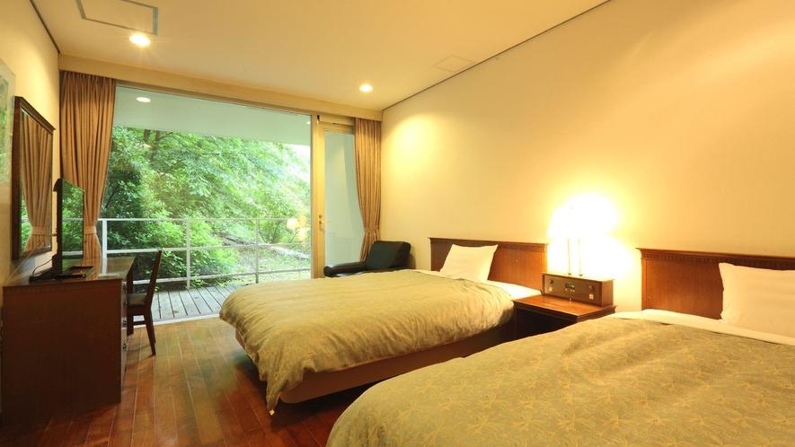 ◇【ザ・コテージ】東棟(一例)/1階にはベッドを2台備えた別室のベッドルームがございます