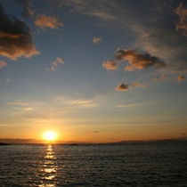 *【絶景の夕陽】綺麗に沈む美しい夕日を見にお越しください!