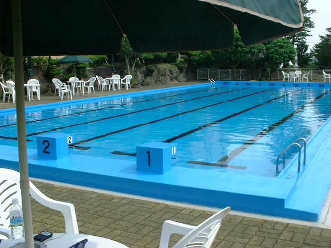 別荘地専用プール