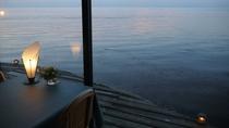 *● ロビー ● 海を眺めながらランチやカフェもお楽しみいただけます♪