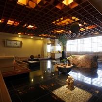 【レストラン】5階四季(和食)/レストラン内に有る石庭、食事に来た時の記念撮影にも最適な場所です♪