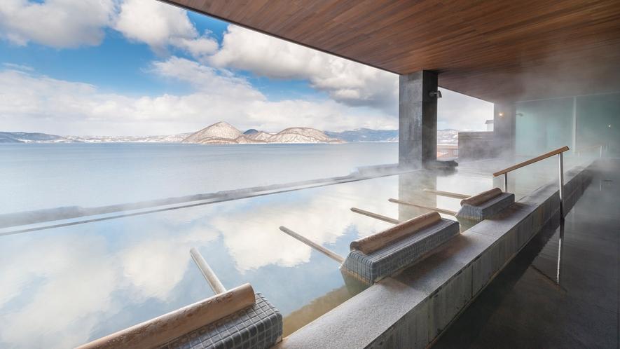 【星の湯・冬】洞爺湖が目線に広がるインフィニティ露天風呂