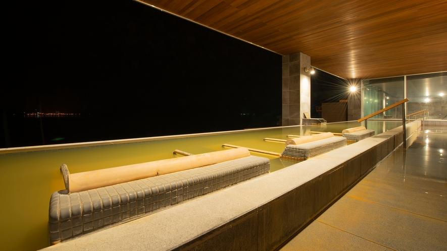 【星の湯】洞爺湖が目線に広がるインフィニティ露天風呂や寝そべり湯、つぼ湯、寝湯など新設備が登場