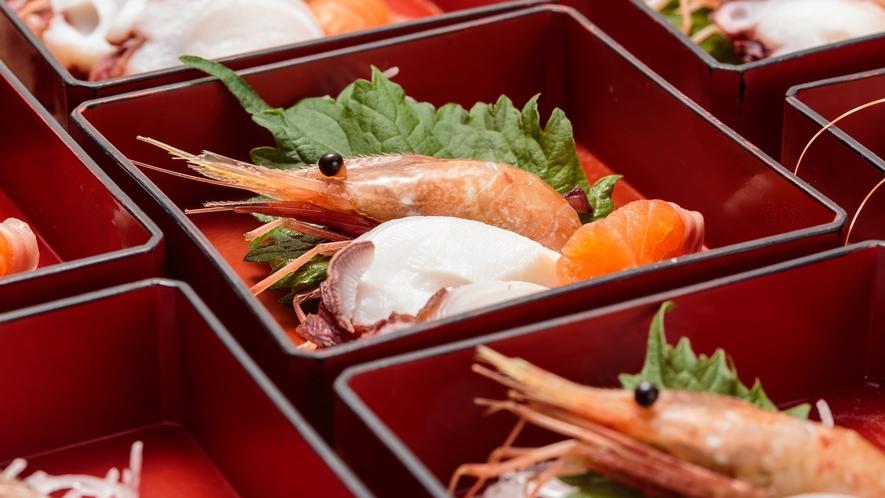 【夕食】3点盛の御造りは鮮度良く!