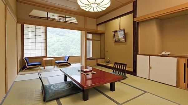 【渓谷側】川音 和室12畳 禁煙室