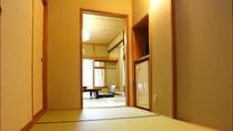 【渓谷側】 川音 和室12畳の入り口