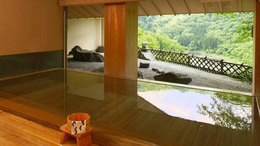 新緑~檜風呂